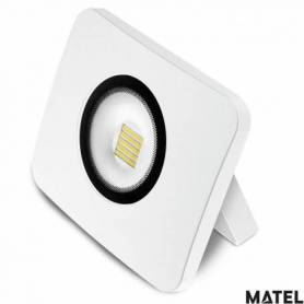 Proyector Led Aluminio Fundido Blanco  50W Luz Fria marca Matel